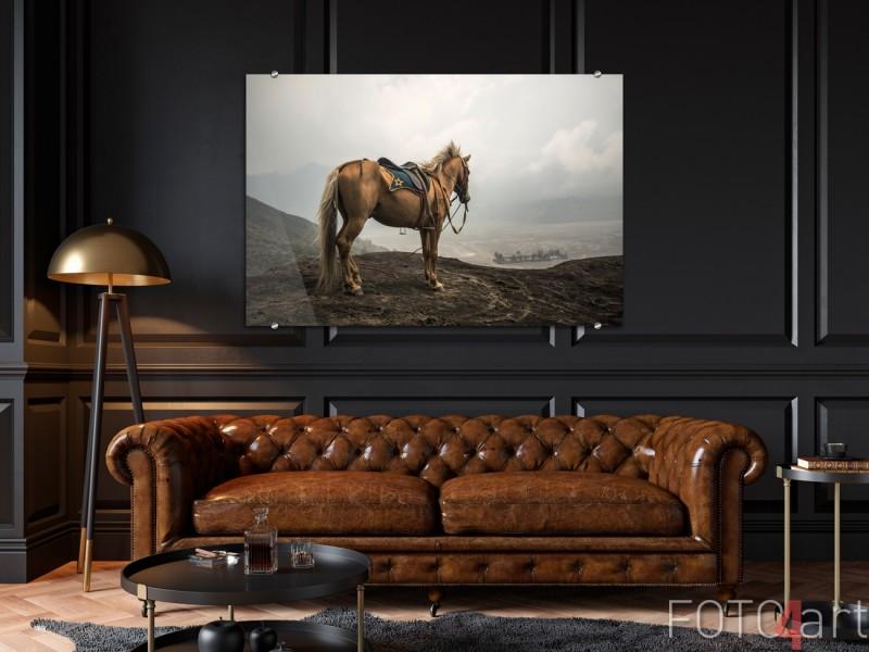Malerei auf Glas Pferd am Vulkan