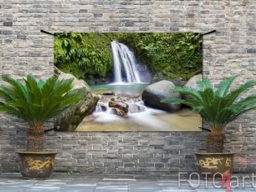 Gartenposter eines Wasserfalls